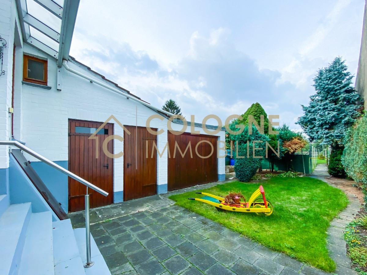 Terrassenblick (Gäste-WC, Aussenspeicher) und Garten