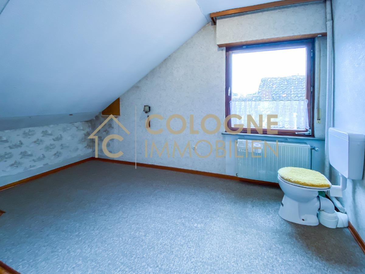 Badezimmer (Ausbau nötig) siehe Grundriss