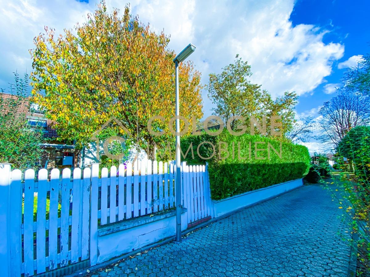Zugangsfussweg zum Garten