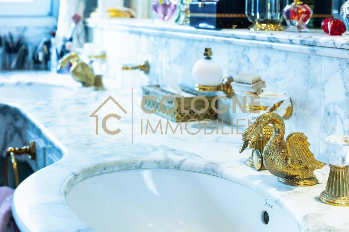 Masterbad Doppelwaschbecken