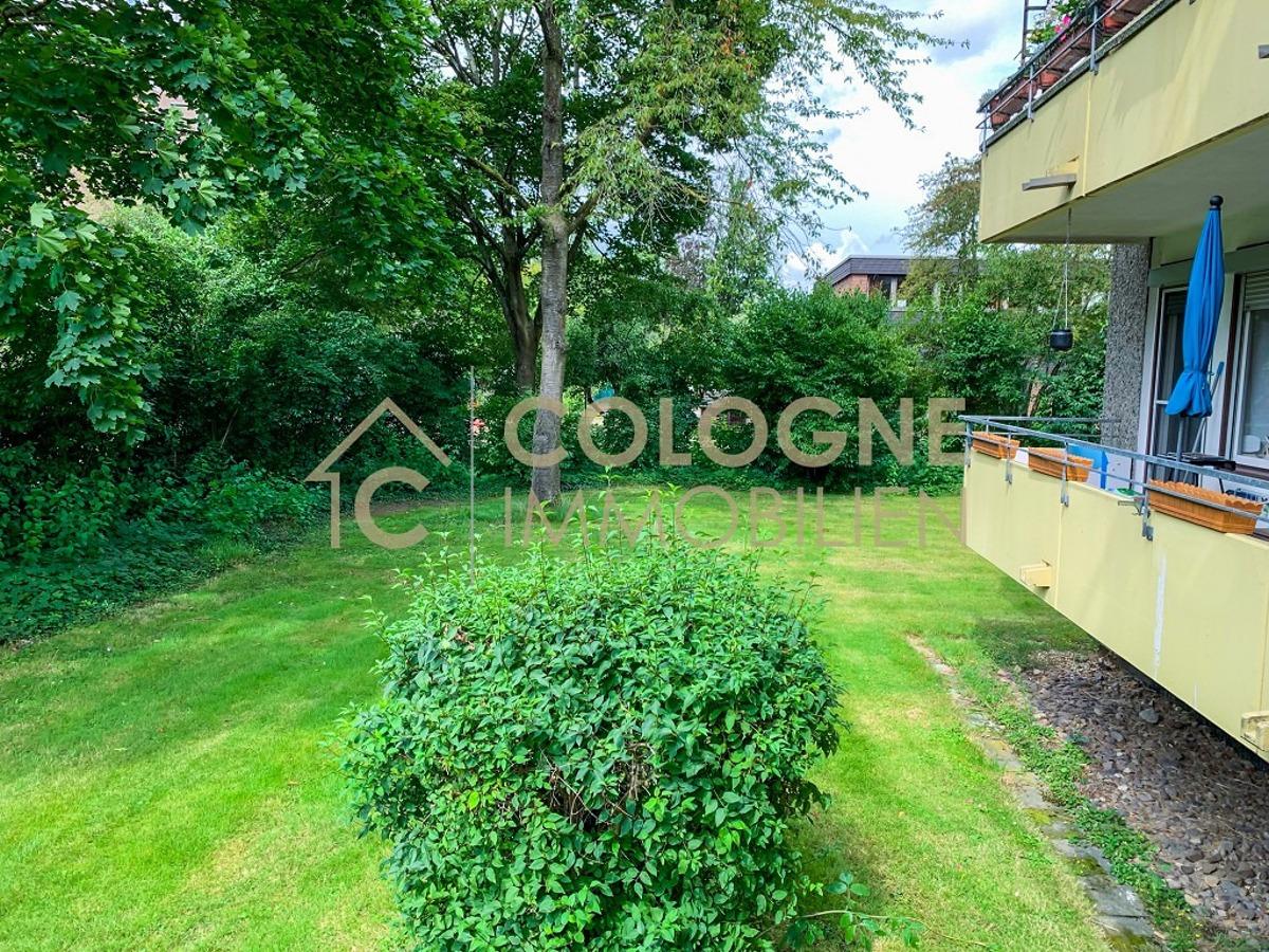 Balkon mit Gartenblick 1