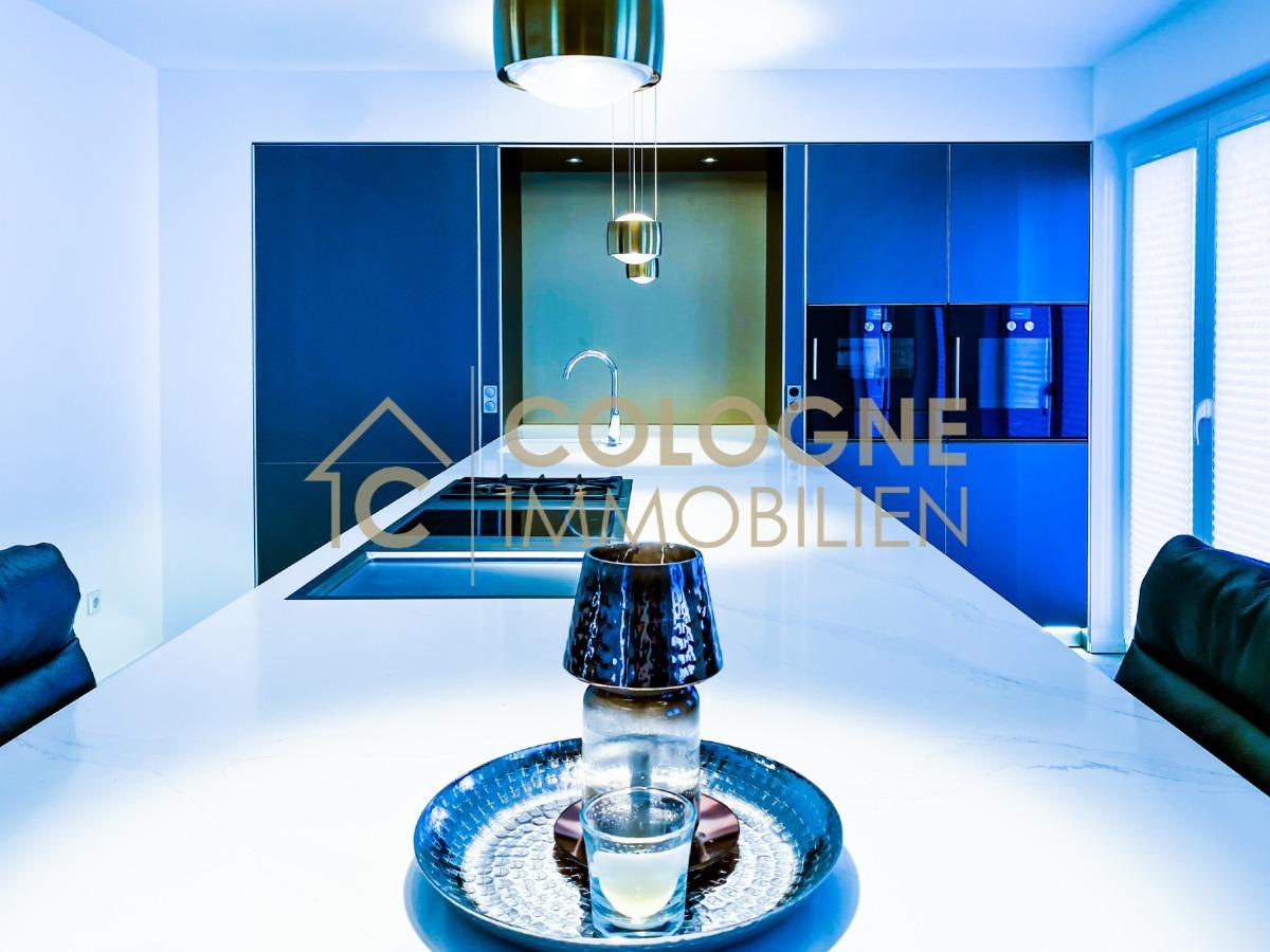 Luxusküche mit Elektrogeräten bspw.: Gaggenau